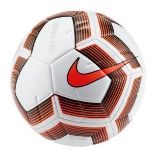 Nike Strike Pro Team-Ball